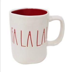 NEW! ❤️Charming Rae Dunn, 'FA LA LA' Mug!